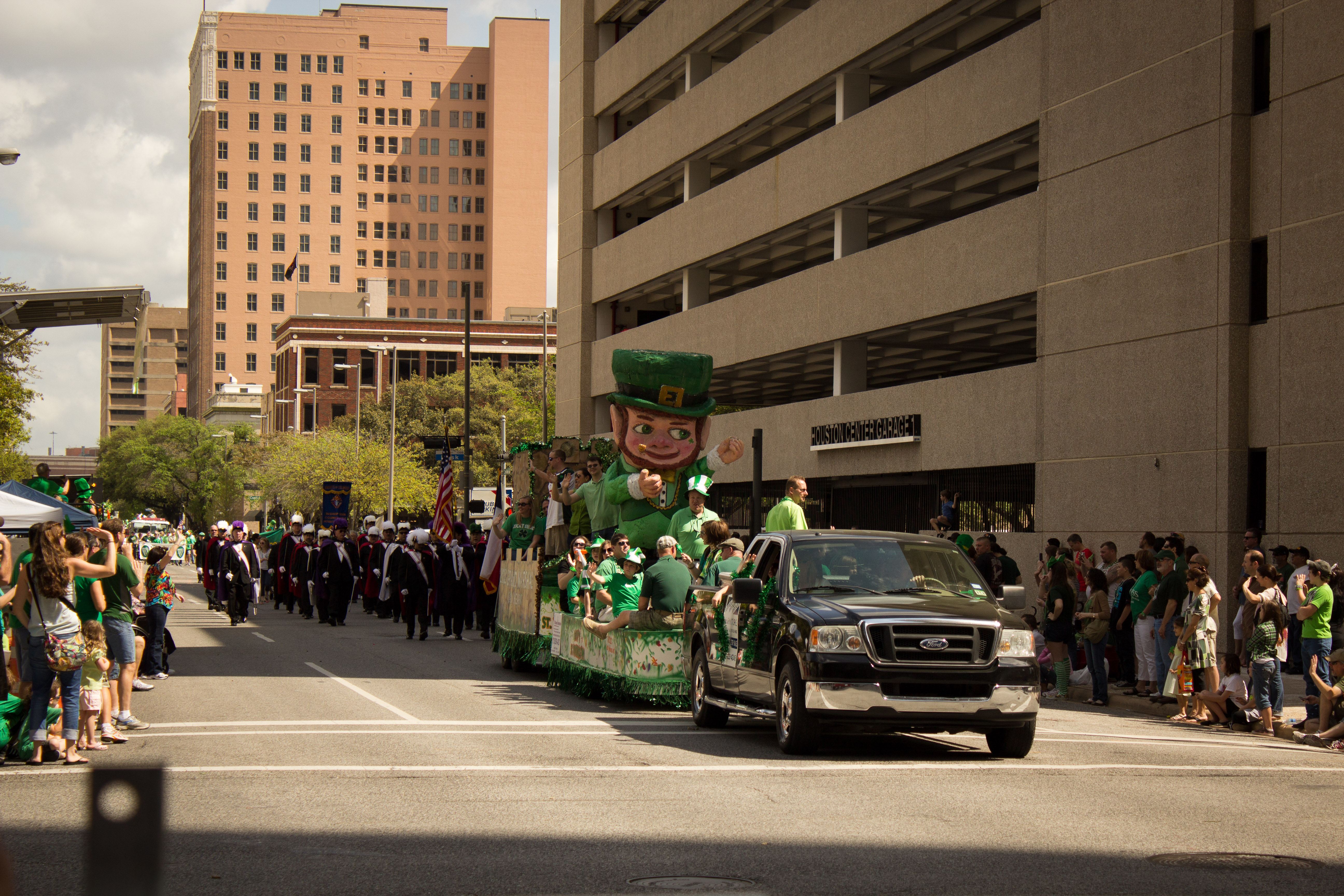 st patricks day parade downtown houston 2012 irish-3