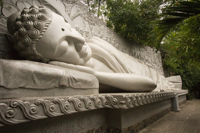Reclining Buddha at Long Son Pagoda