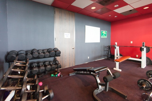 Get Your Team Healthy! A gym with your office space