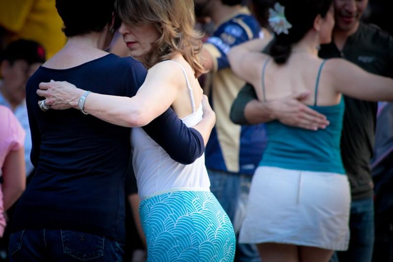 2012 04 iFest Crowd Tango by eschipul-9794